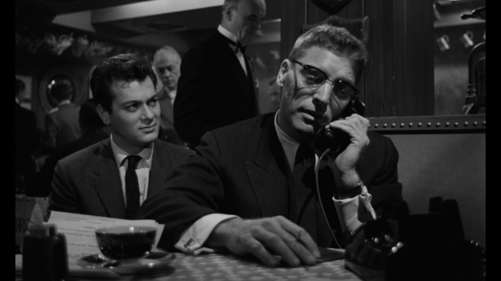 Sweet Smell of Success –Review