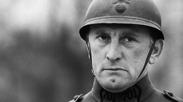 Paths of Glory – Review