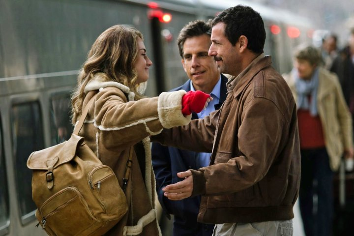 the-meyerowitz-stories-watching-largehorizontaljumbo-v3