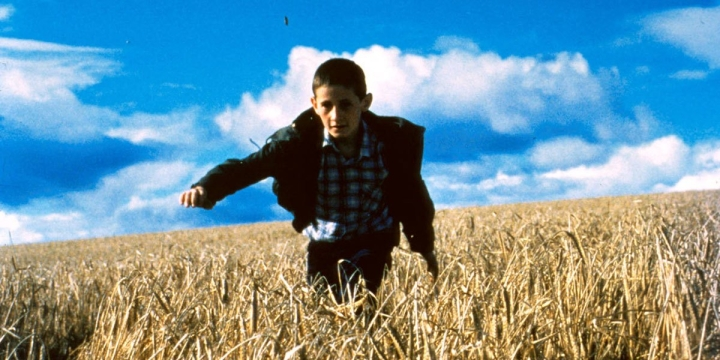 'Ratcatcher' Review: Lynne Ramsay's Debut is an Unflinching Recollection of Trauma