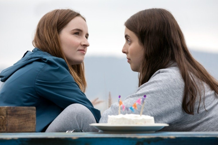Booksmart Review: Emotionally Honest and Wholly Funny Debut Sets Forth Olivia Wilde as a Filmmaker to Look Out For