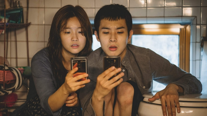 'Parasite' TIFF Review: An Entertaining, Provocative, Surprising Ride from Start toFinish