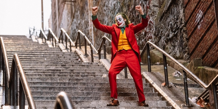 'Joker' TIFF Review: Joaquin Phoenix Highlights This Terrifying Yet Flawed Supervillain Origin Story